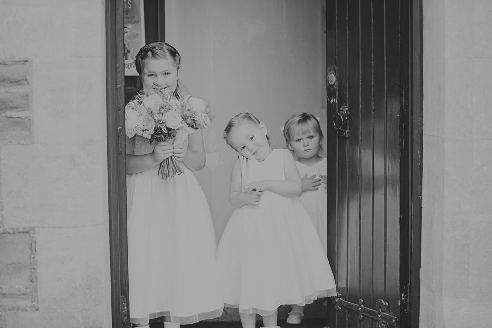 Kingscote_Barn_Tetbury_Wedding_Photographer-11