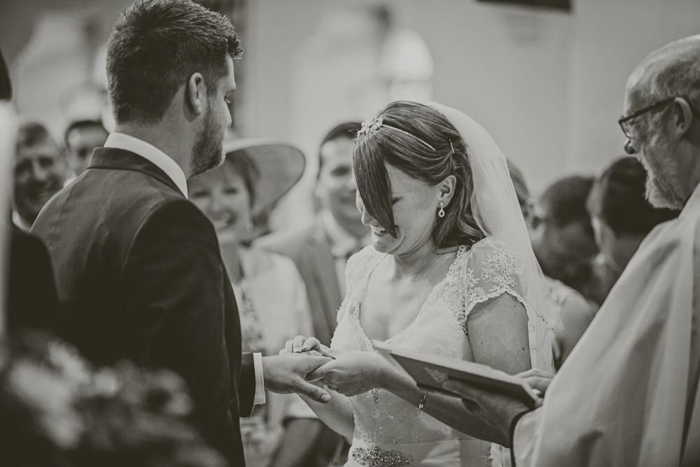 Kingscote_Barn_Tetbury_Wedding_Photographer-17