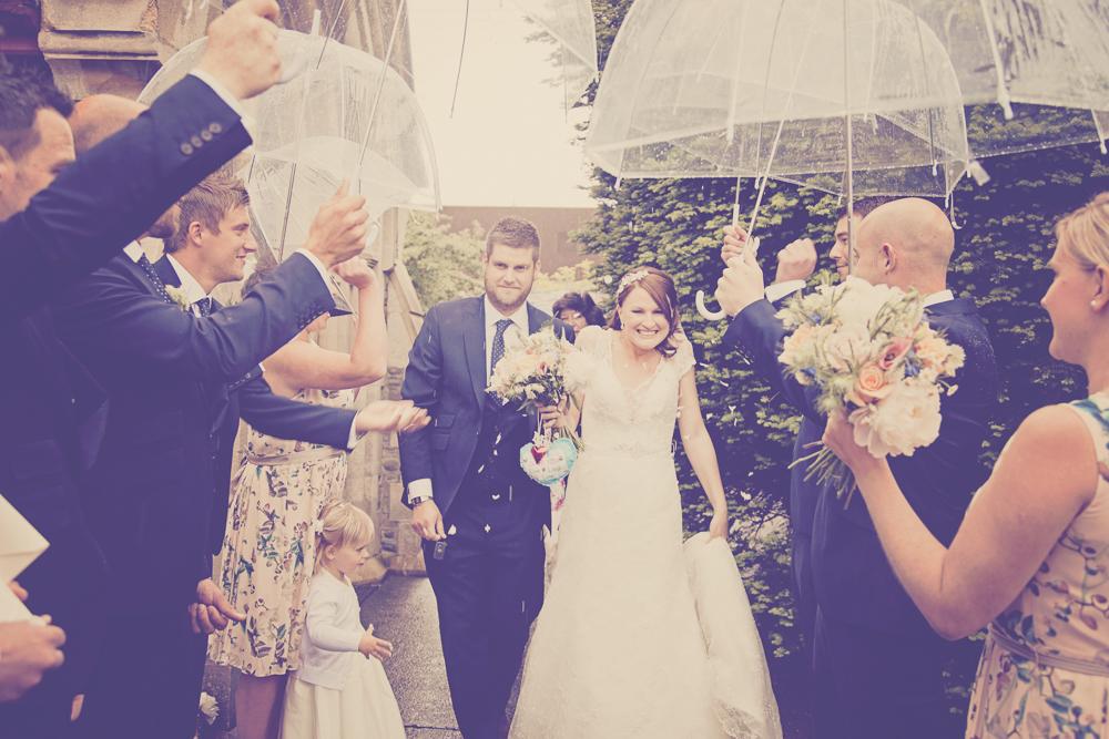 Kingscote_Barn_Tetbury_Wedding_Photographer-18