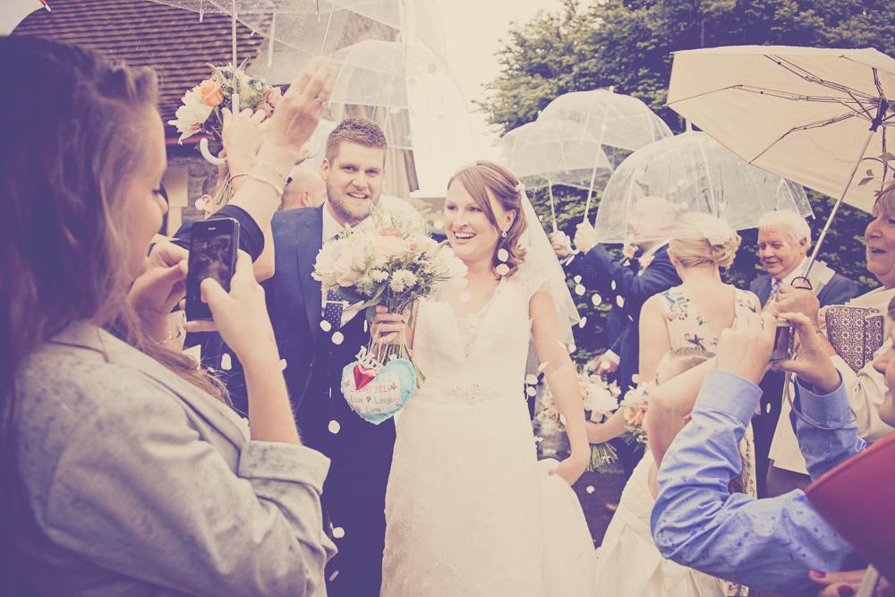 Kingscote_Barn_Tetbury_Wedding_Photographer-20