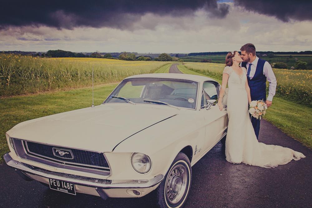 Kingscote_Barn_Tetbury_Wedding_Photographer-30