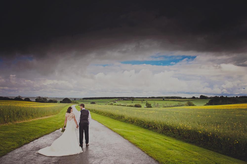 Kingscote_Barn_Tetbury_Wedding_Photographer-31