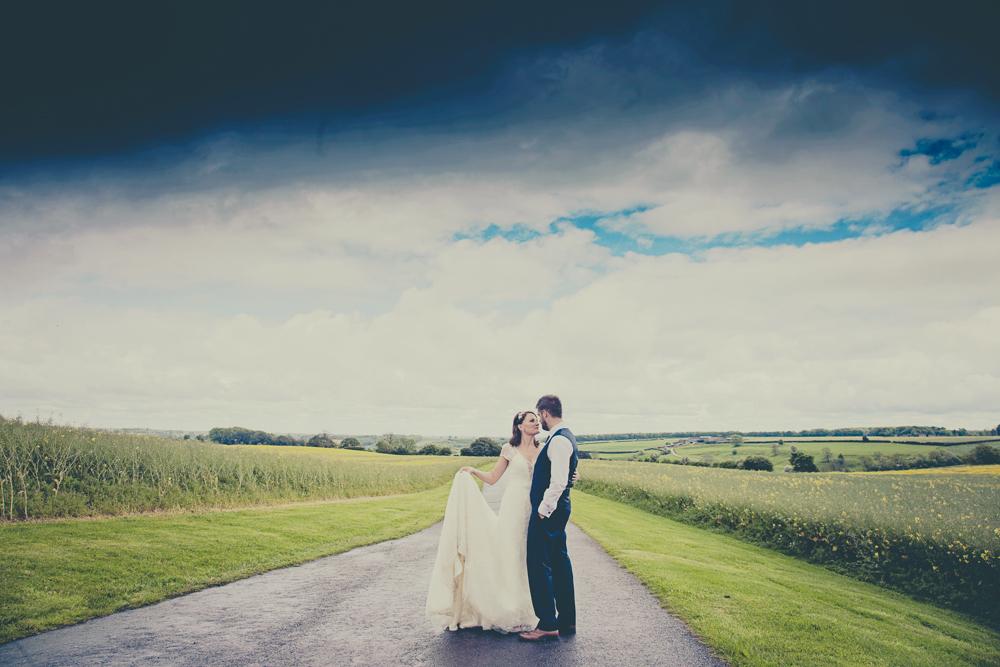 Kingscote_Barn_Tetbury_Wedding_Photographer-34