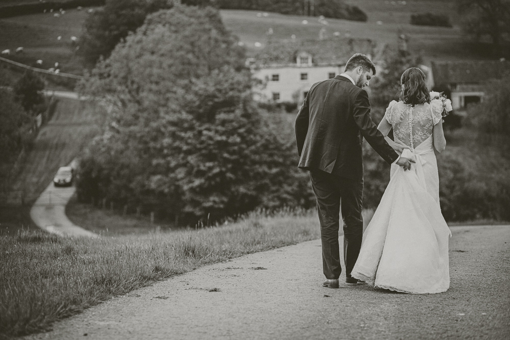 Kingscote_Barn_Tetbury_Wedding_Photographer-53