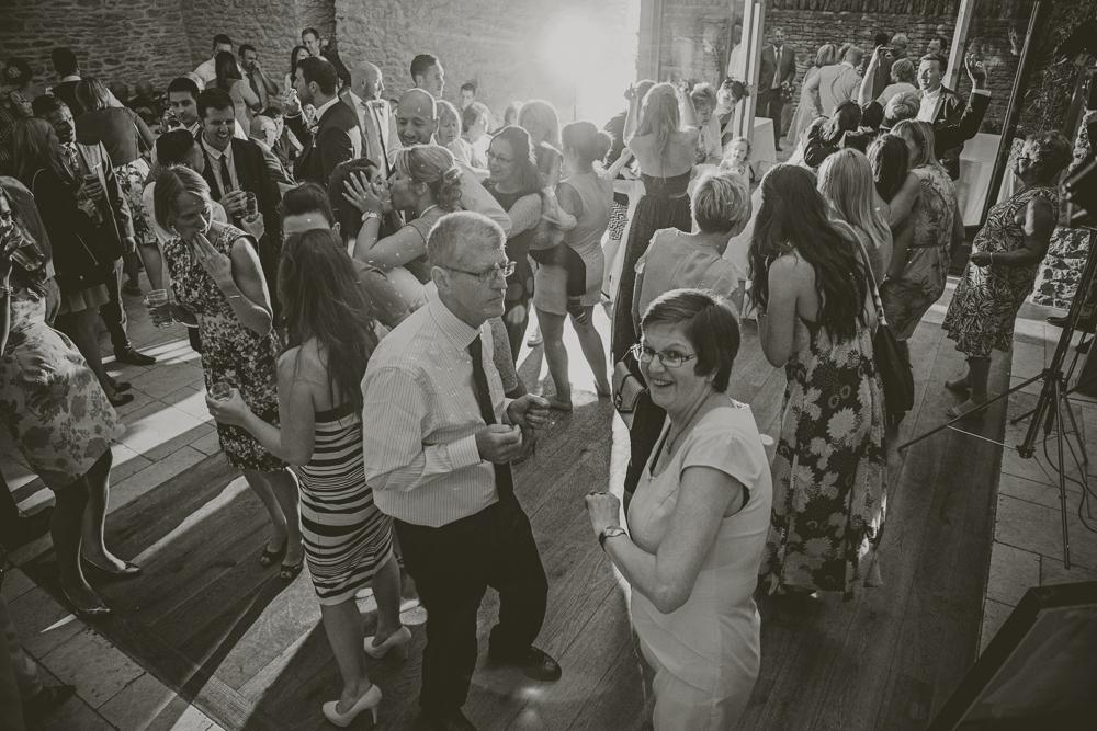 Kingscote_Barn_Tetbury_Wedding_Photographer-59
